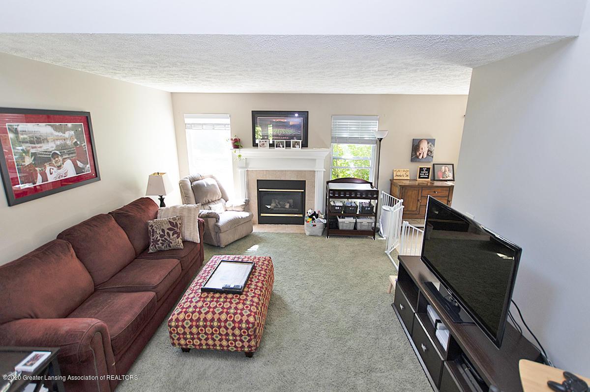 2916 Marfitt Rd # 10 - FIRST FLOOR Living Area - 8