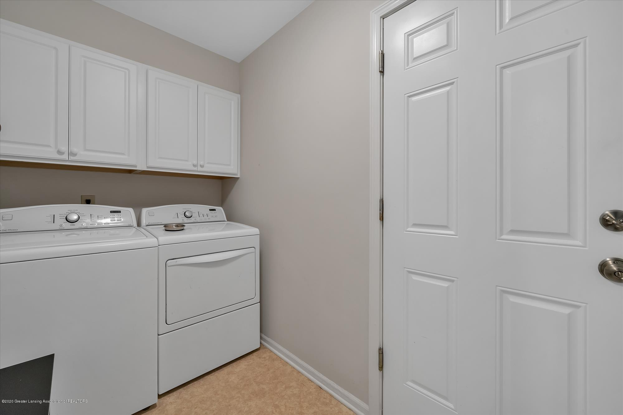 1606 Birchwood Dr - First Floor Laundry - 15