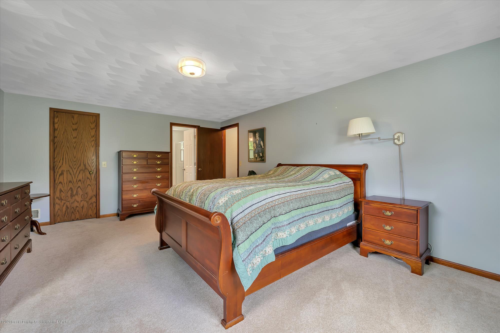 1606 Birchwood Dr - Owner's Suite - 17