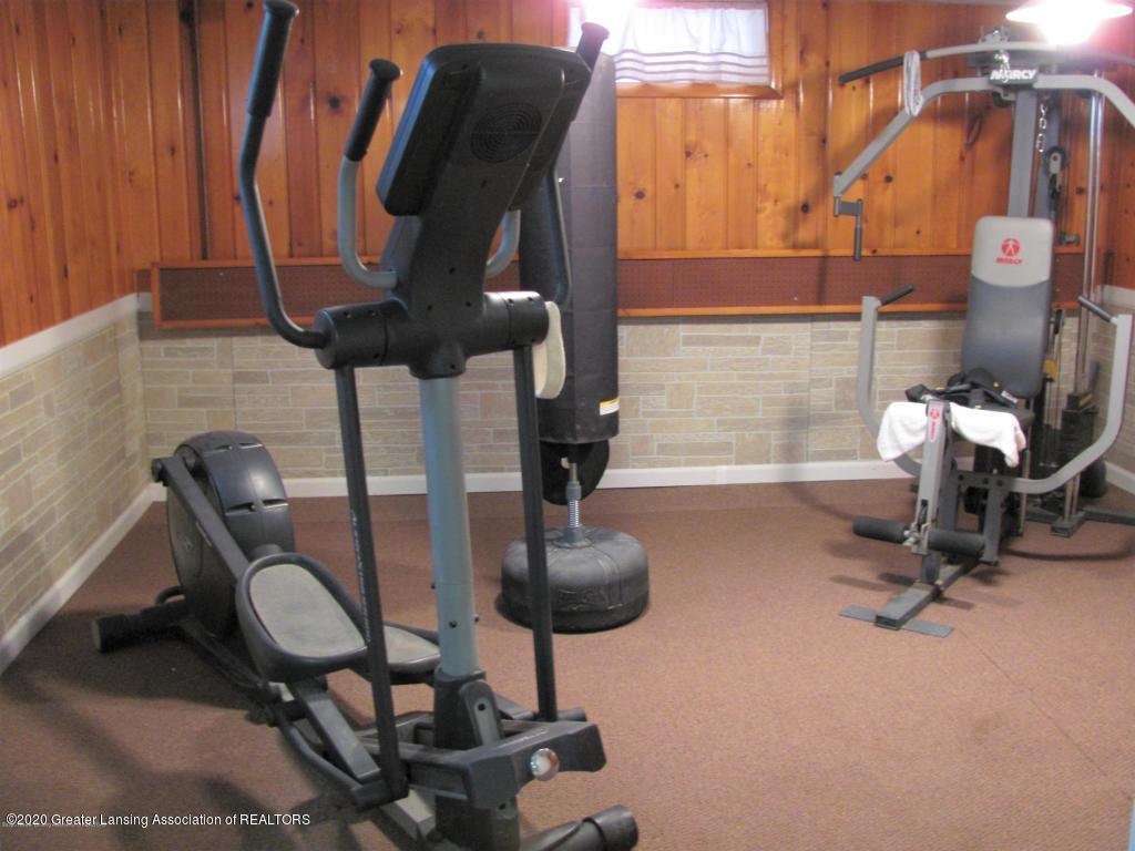 4383 Lansing Rd - Exercise/Bonus - 32