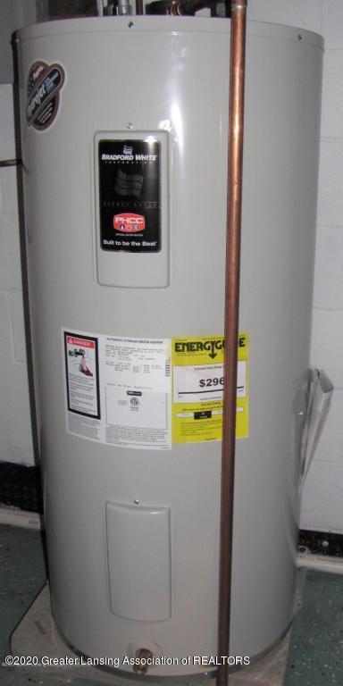 4383 Lansing Rd - Water Heater - 35