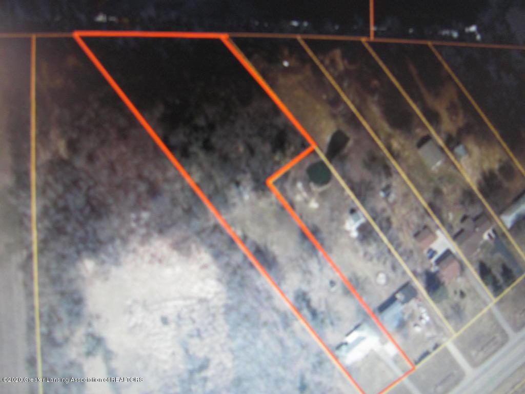 4383 Lansing Rd - Lot lines - 37