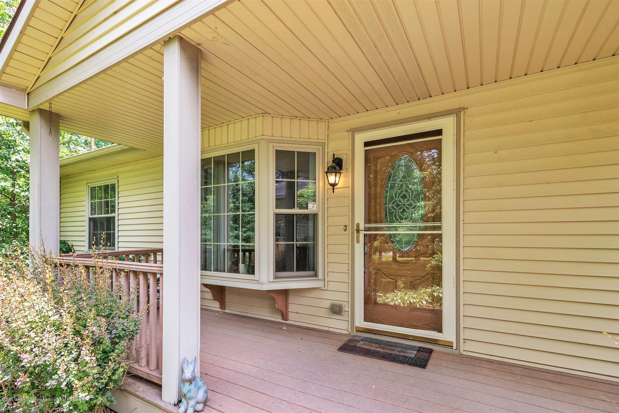 10494 Nixon Rd - 05-10494 Nixon Rd-windowstill-reale - 3