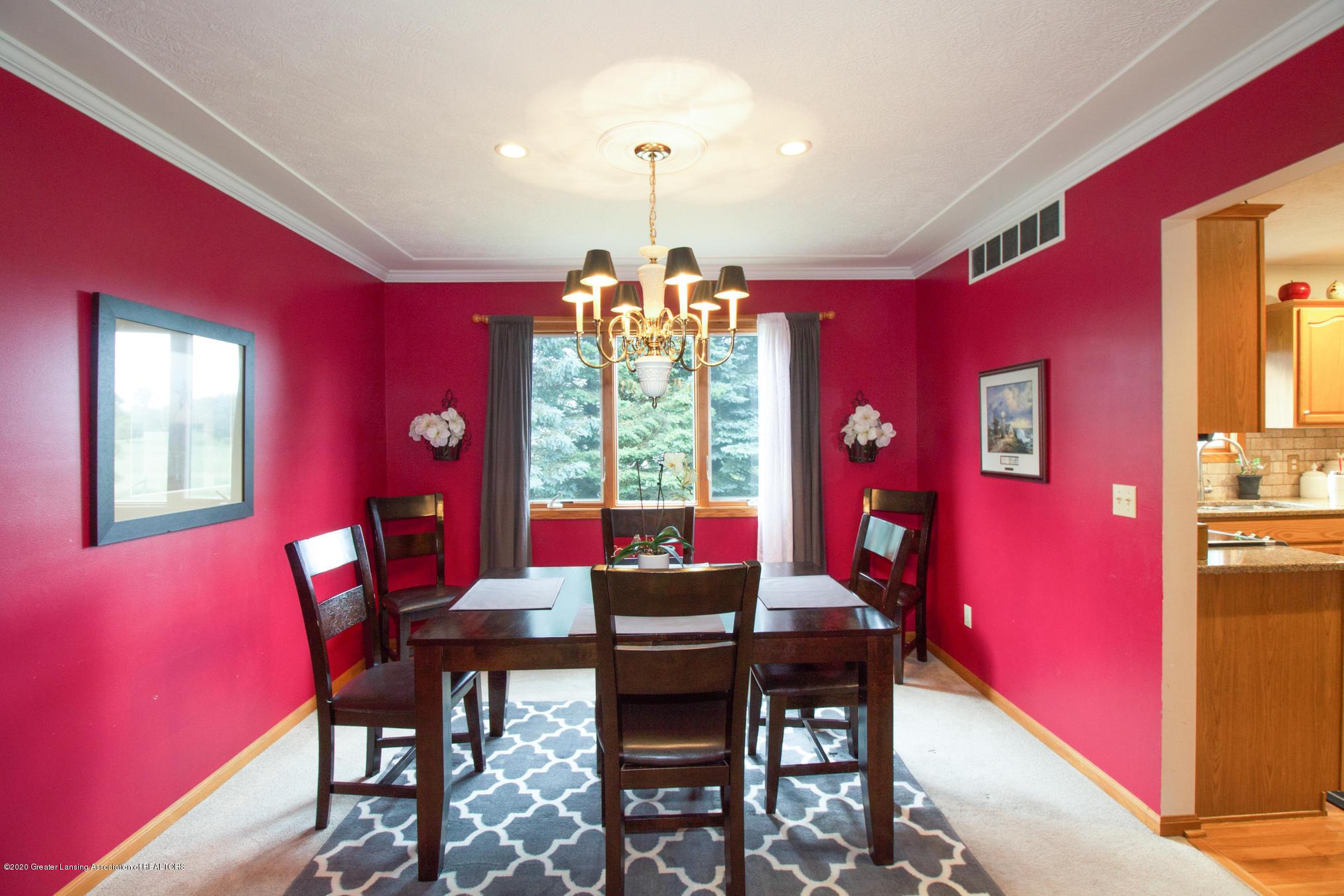 5130 Runnymede Dr - Dining Room - 10