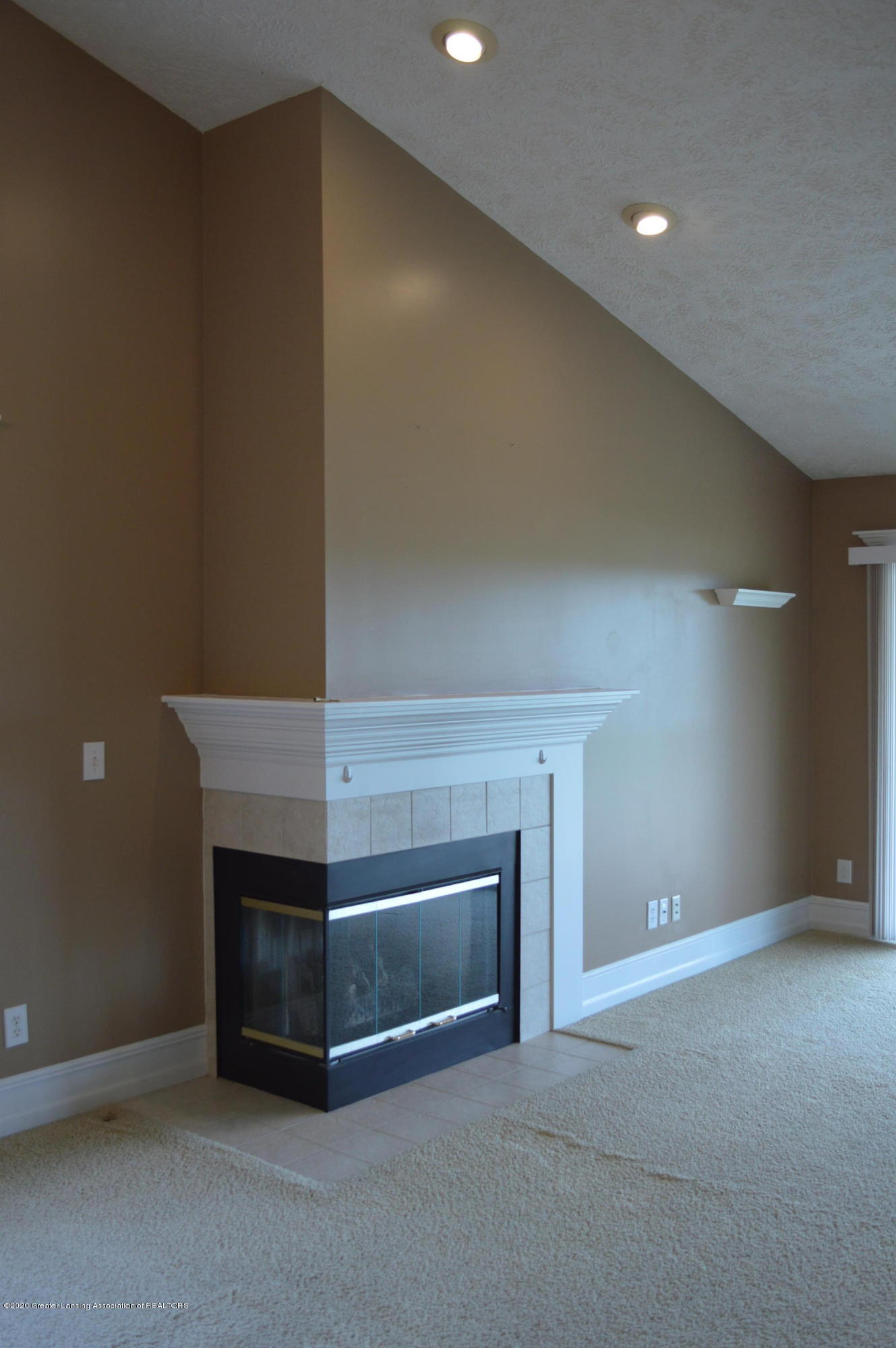 4128 Hamlet Cove - Gas FP in Living Room - 14