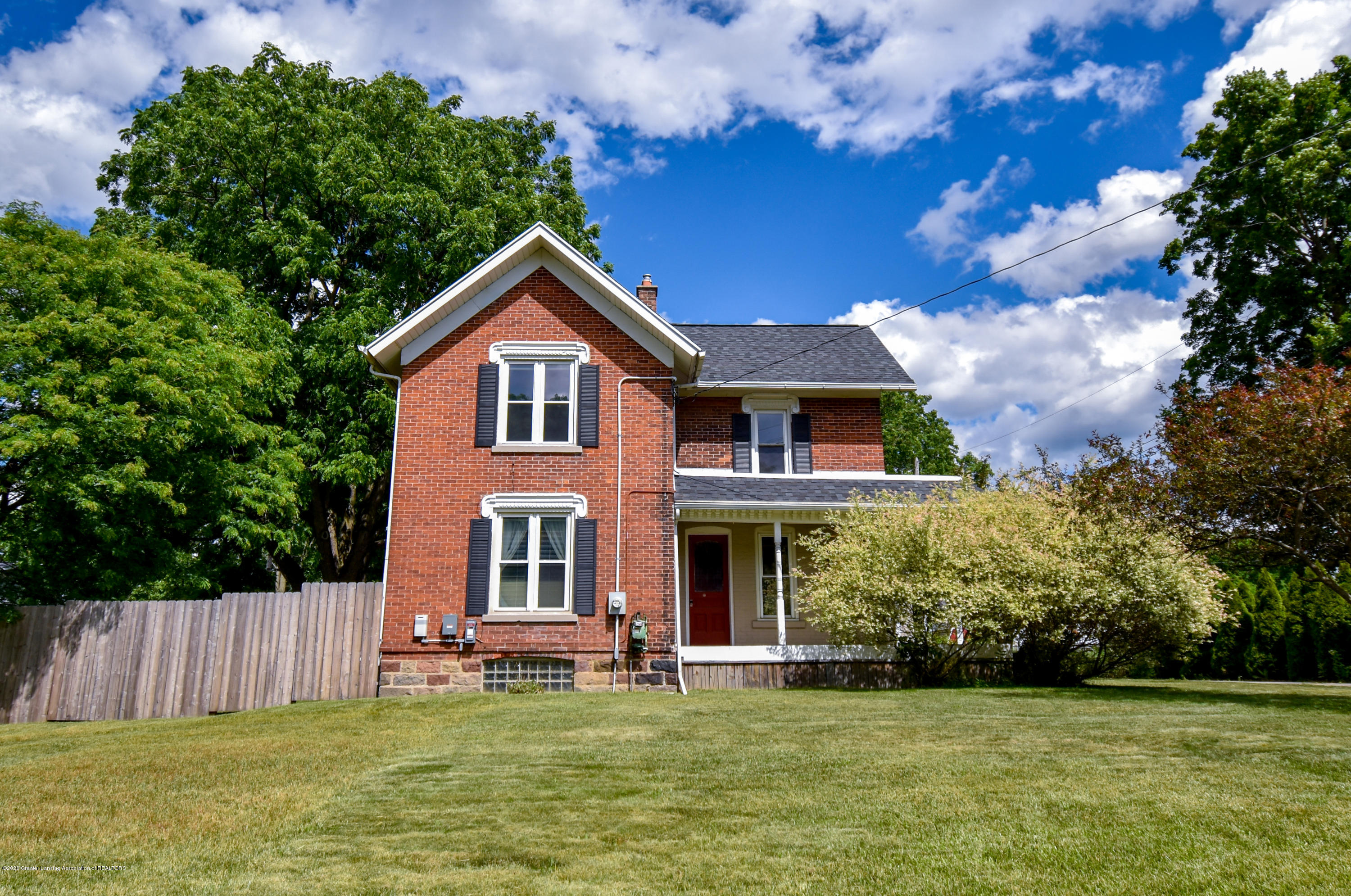 1615 S Canal Rd - Front - 1