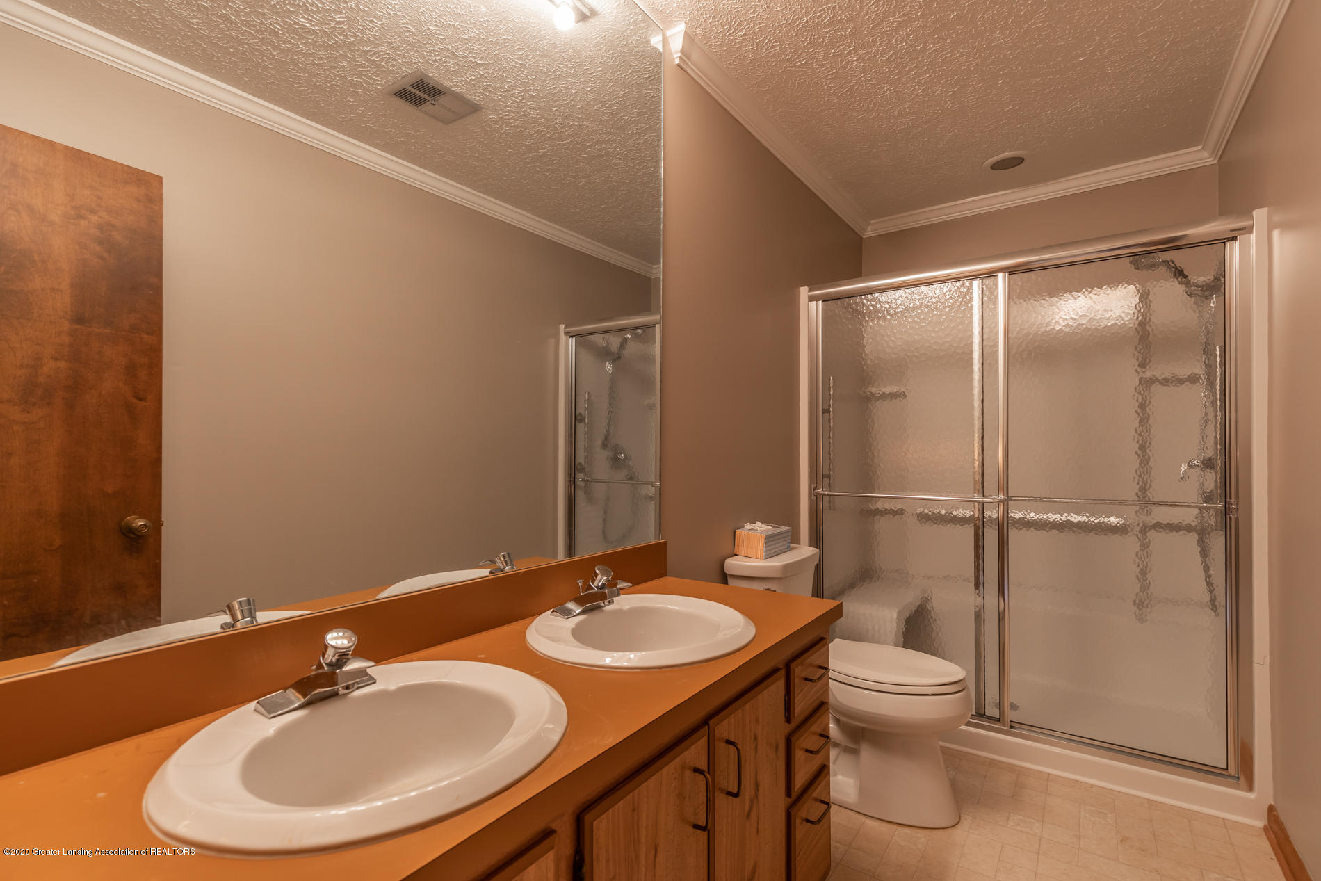 1222 Chartwell Carriage Way N - chartwellbathus(1of1) - 17