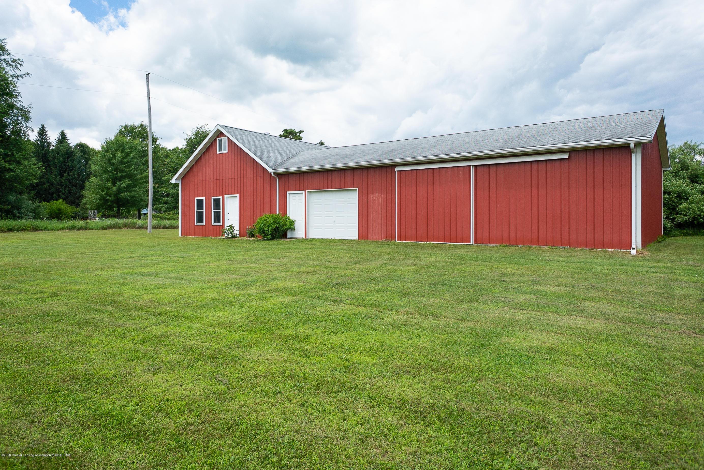 7337 Howe Rd - barn3 - 36