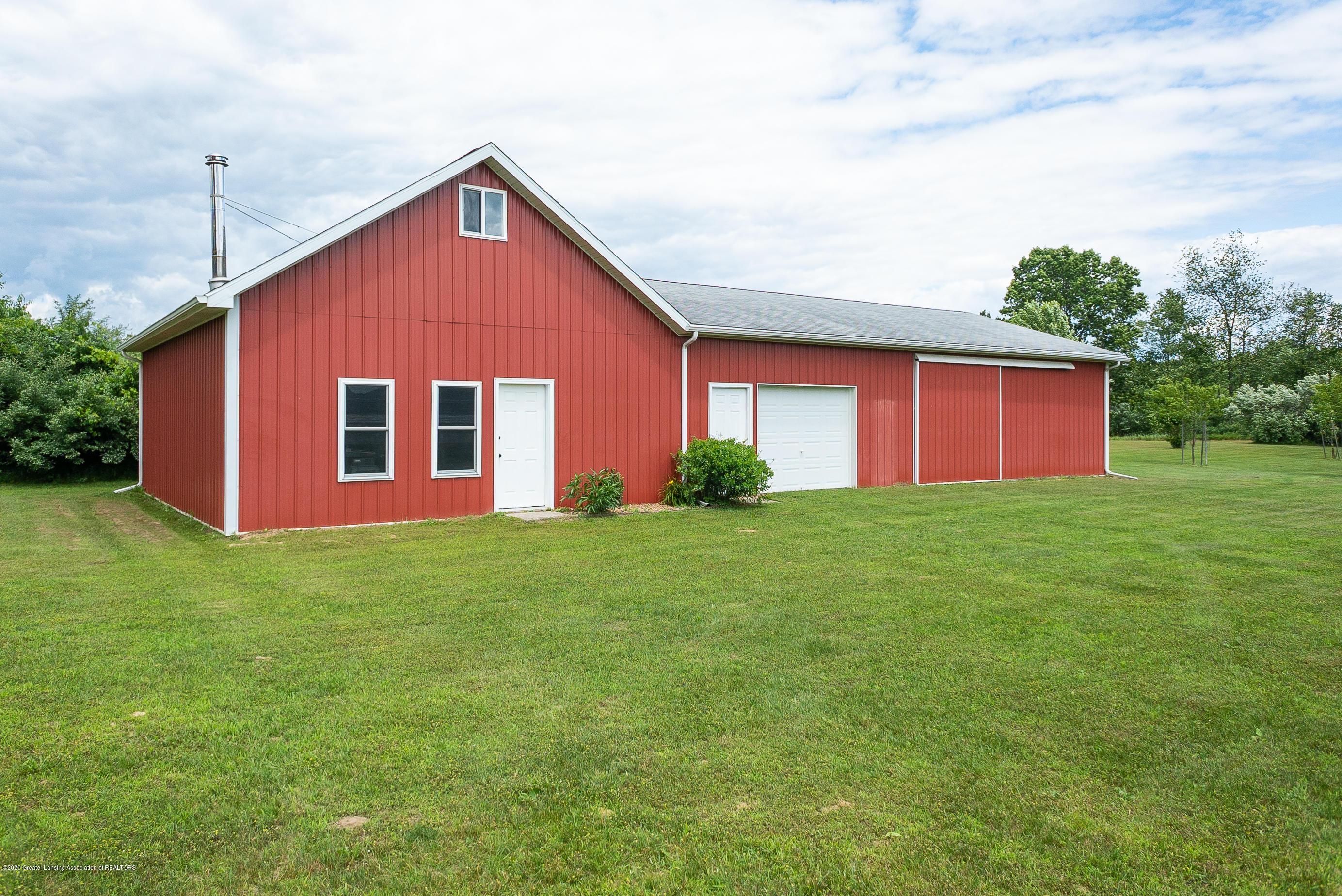 7337 Howe Rd - barn2 - 37