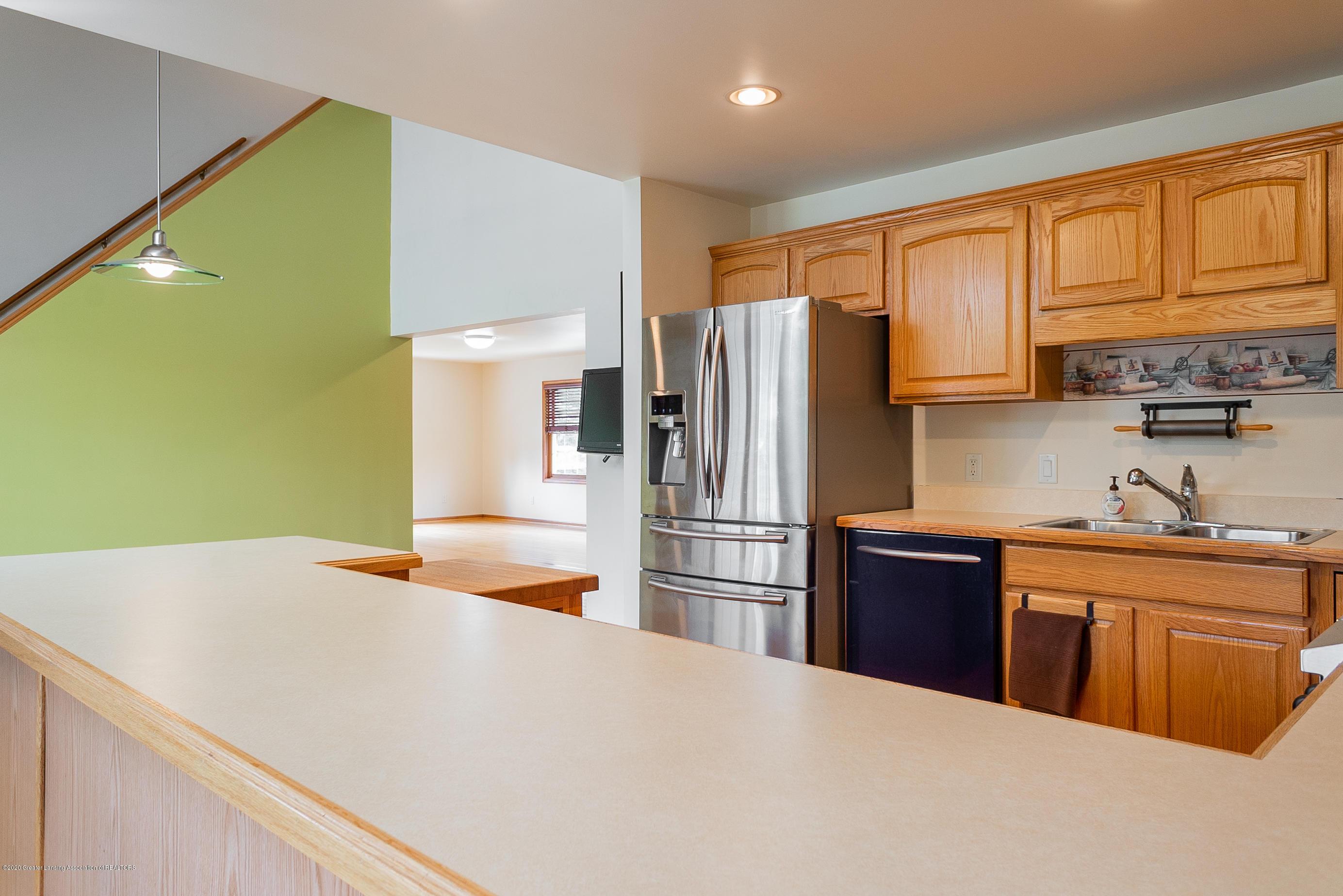 7337 Howe Rd - kitchen4 - 16