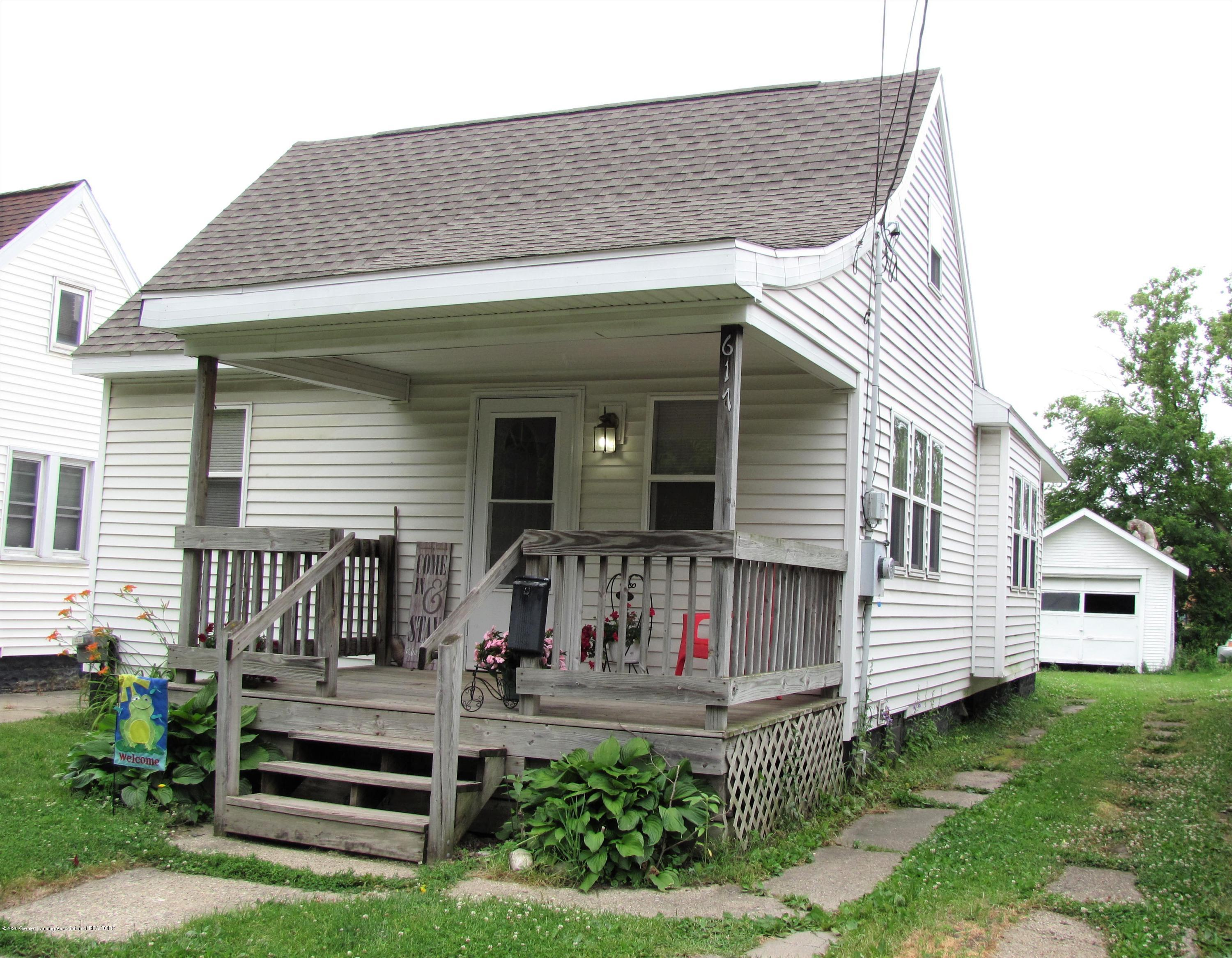 617 N Clemens Ave - Front - 1