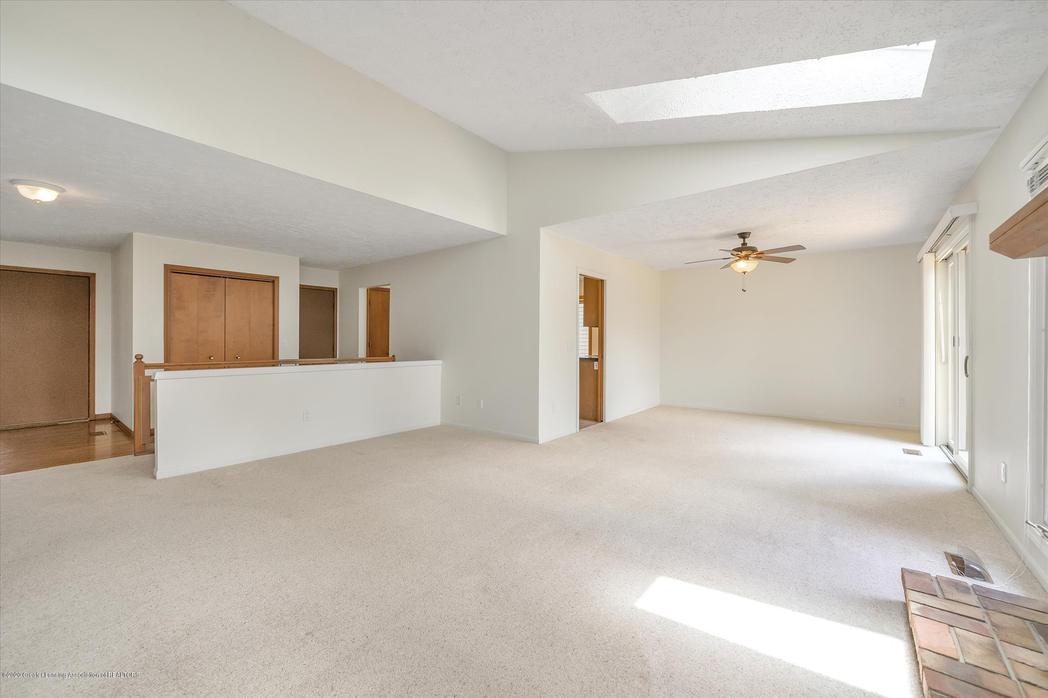 2605 Woodhill Dr - Greatroom view to Dining Area - 5
