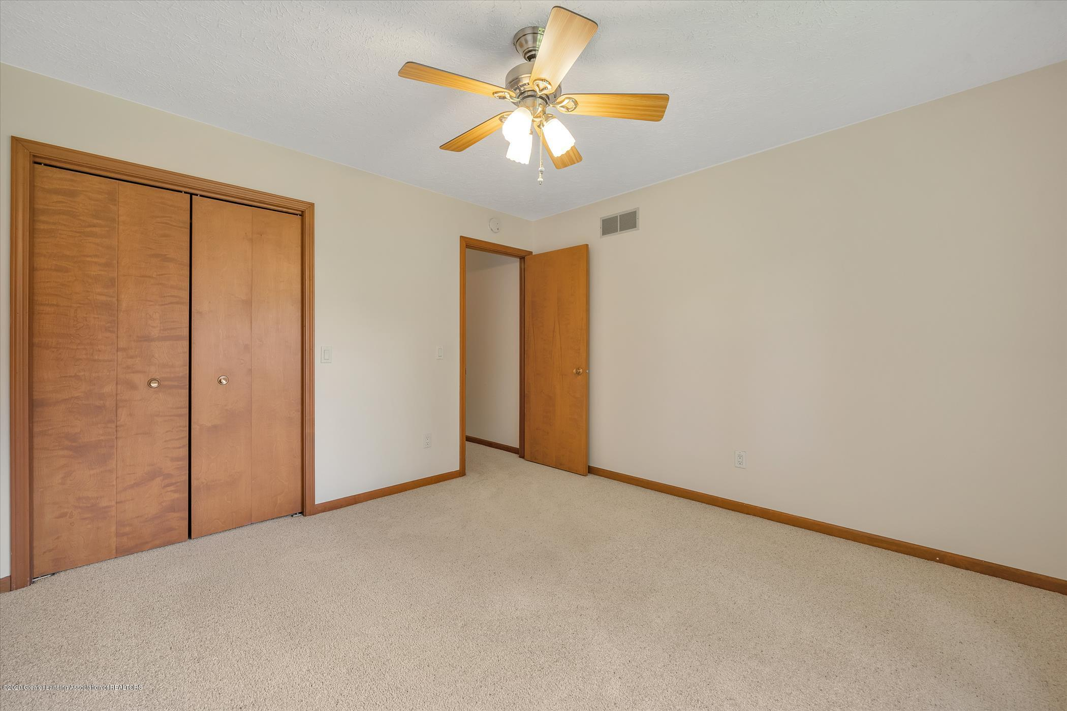 2605 Woodhill Dr - Bedroom 2 - 12
