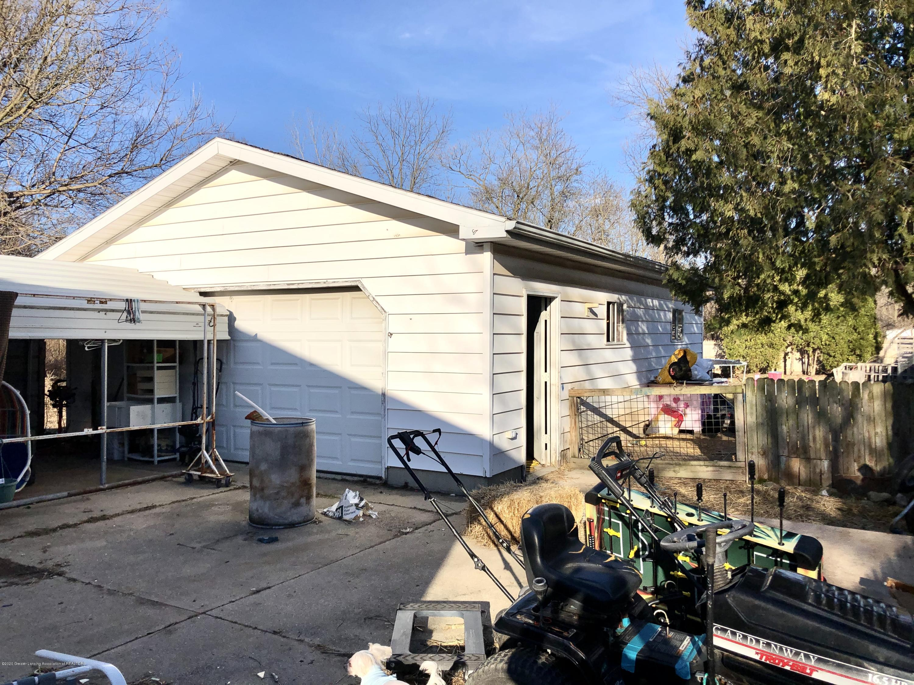 4927 Christiansen Rd - Garage - 6