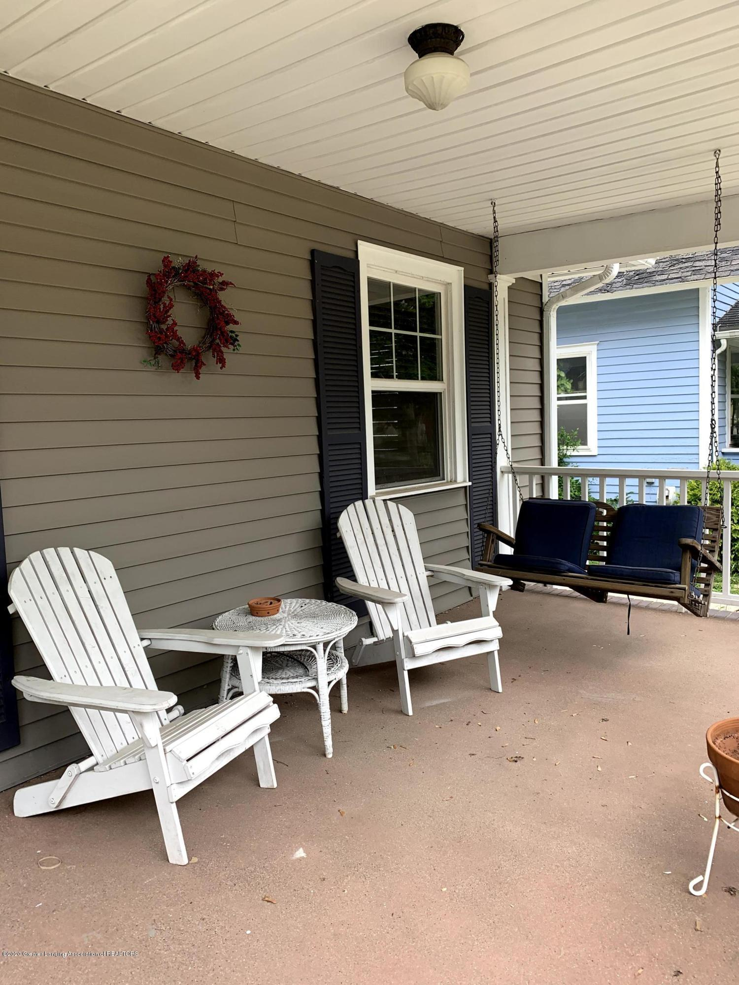 523 N Jenison Ave - Porch - 4
