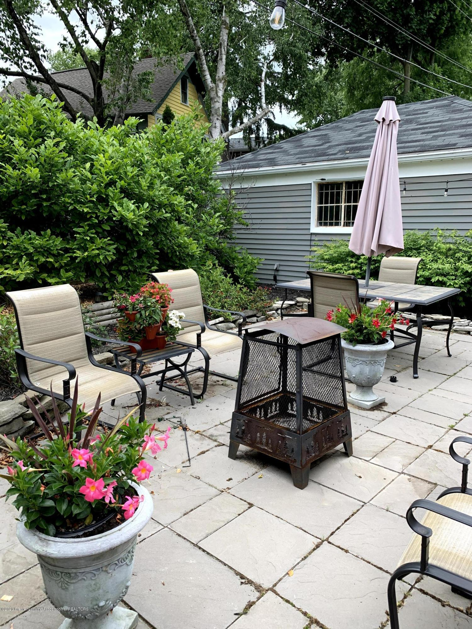 523 N Jenison Ave - Patio - 32