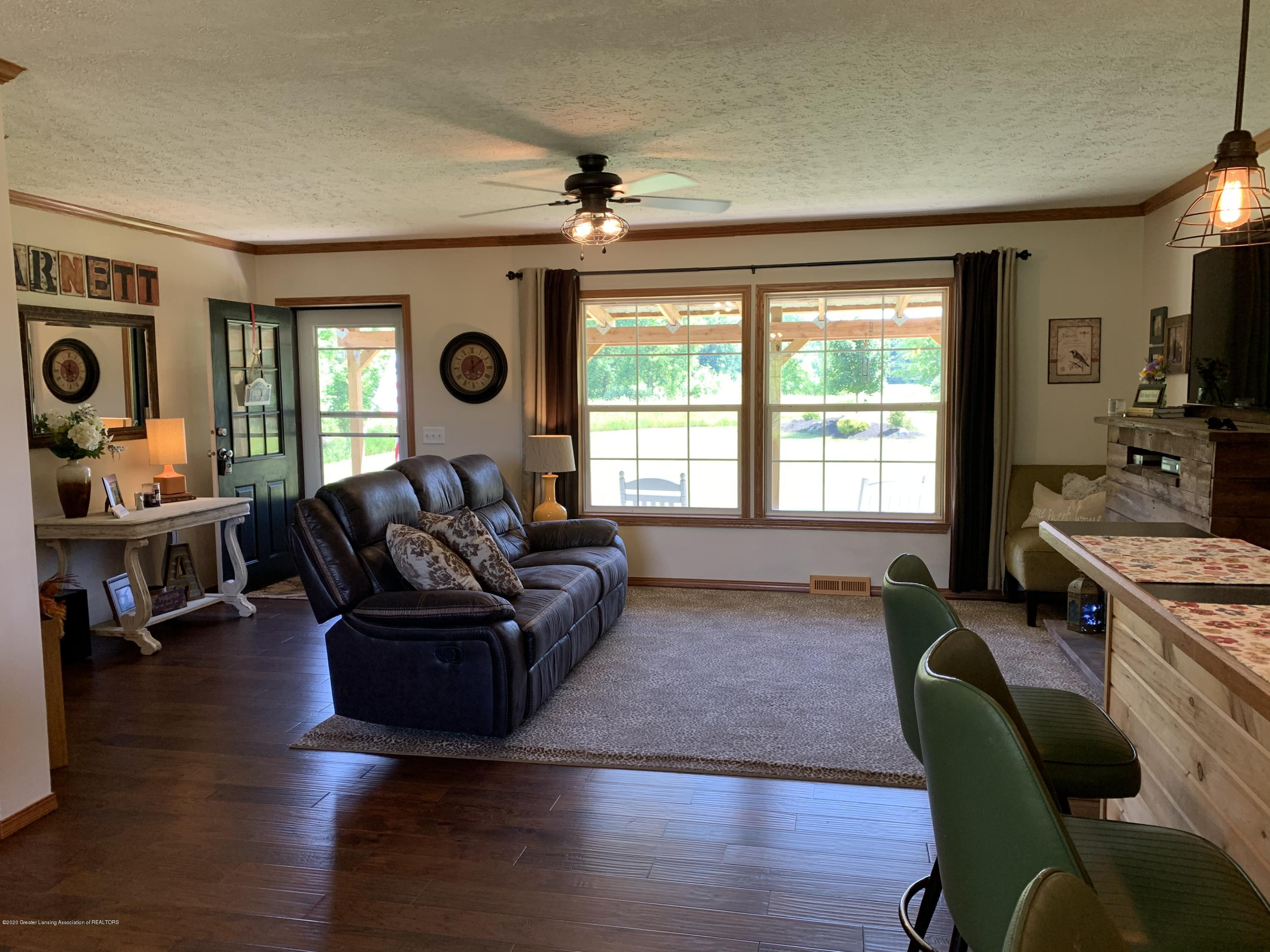 7582 S Gale Rd - Living Room - 15