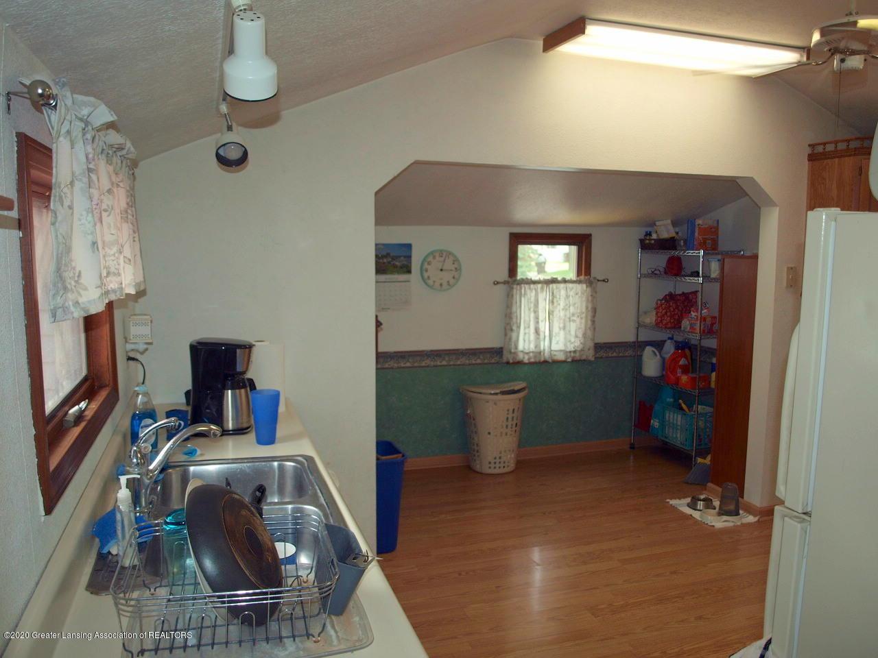 300 S Swegles St - kitchen - 13