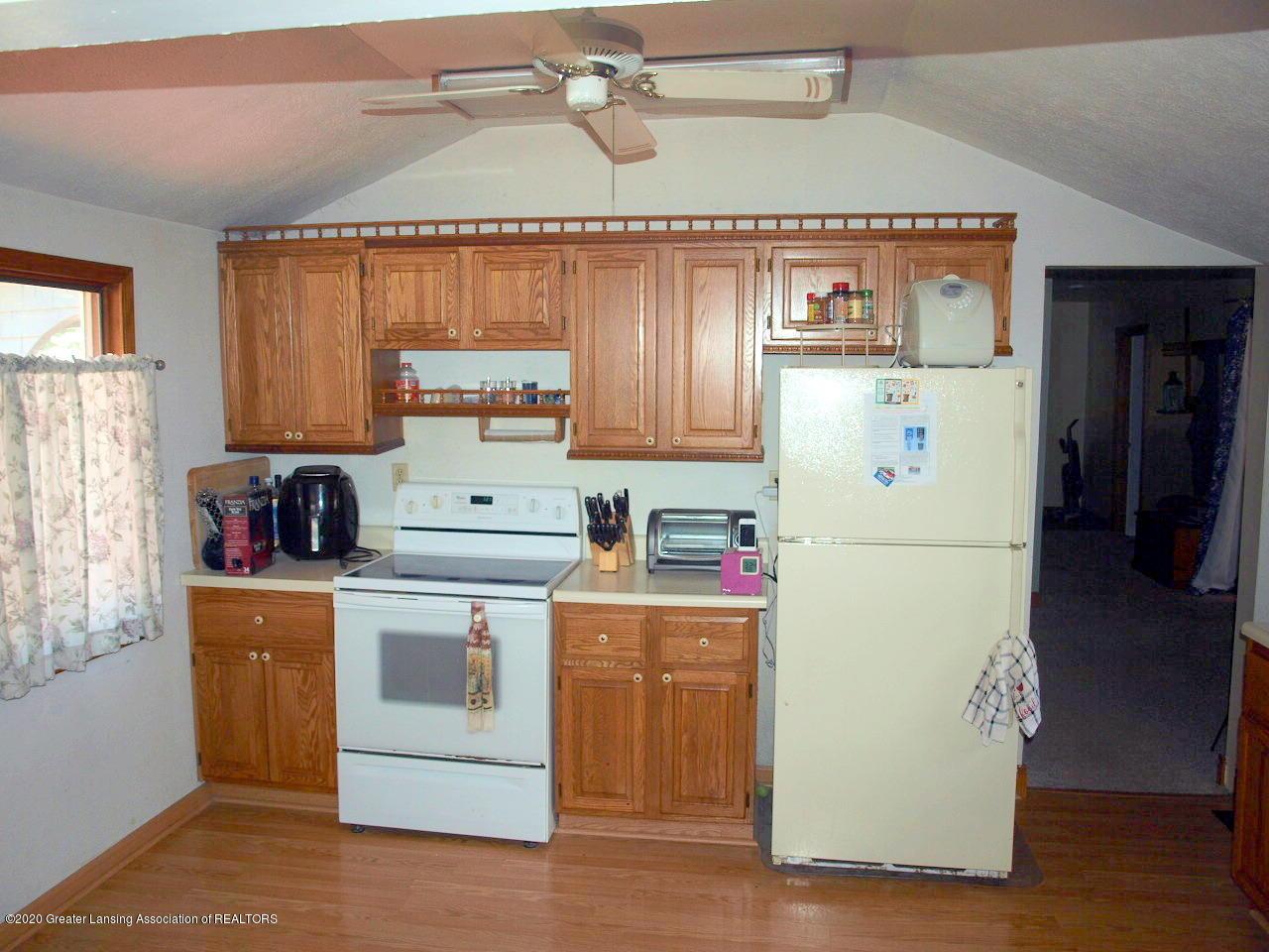 300 S Swegles St - kitchen - 12
