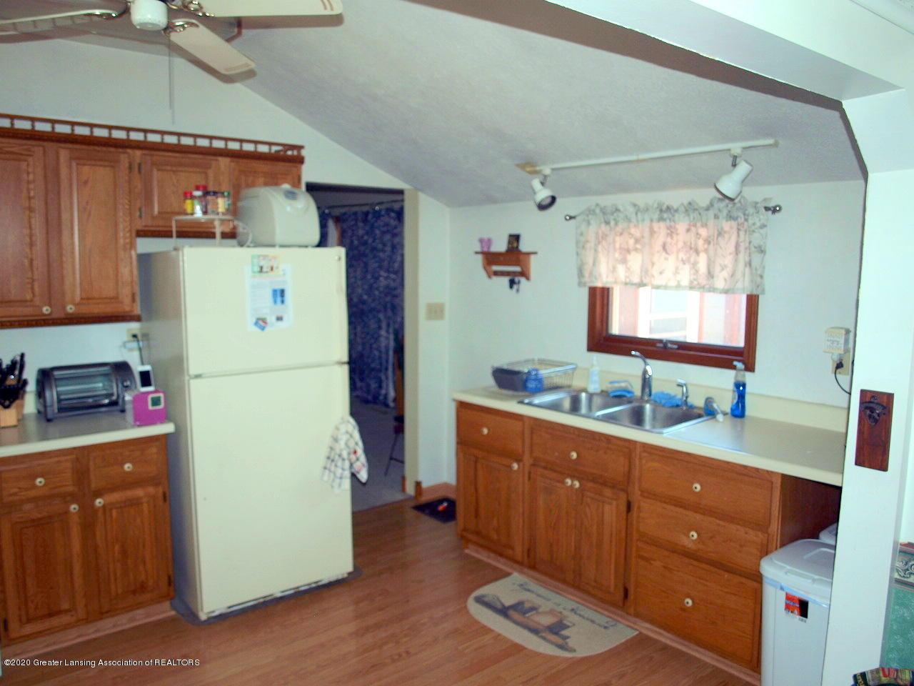 300 S Swegles St - kitchen - 14