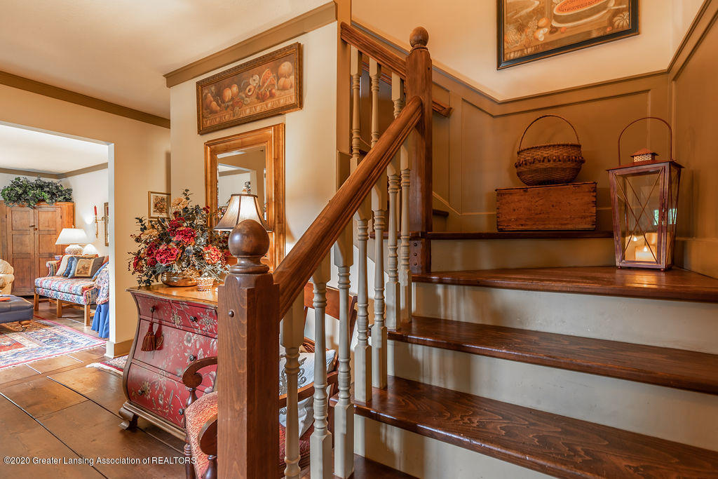 3785 Viceroy Dr - viceroystairs(1of1) - 8
