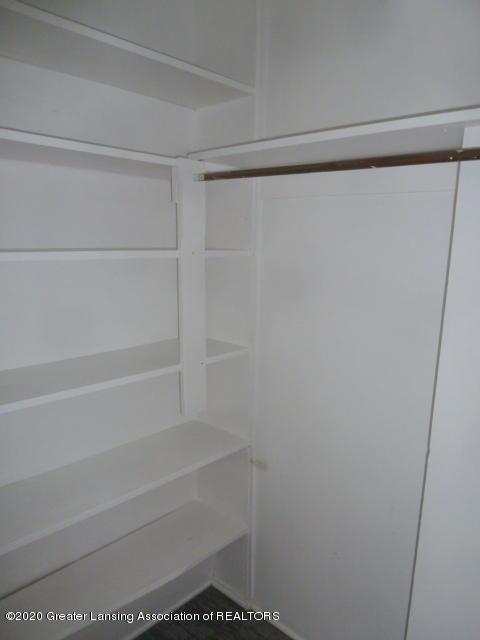 1617 Walsh St - Closet - 14