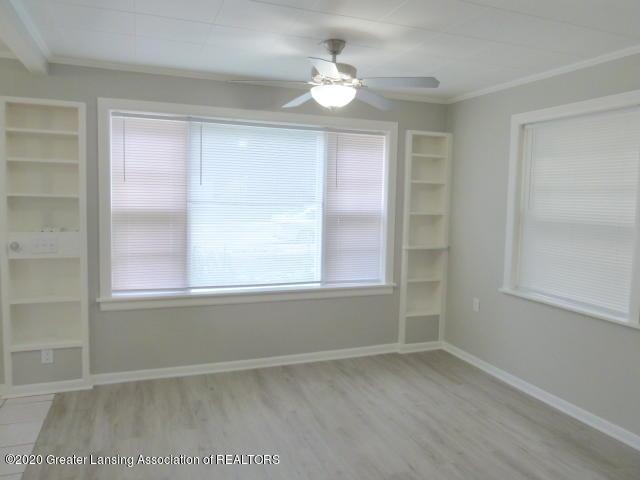 1617 Walsh St - Living Room(1) - 11