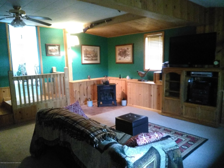 865 Marshall Rd - Living Room - 13