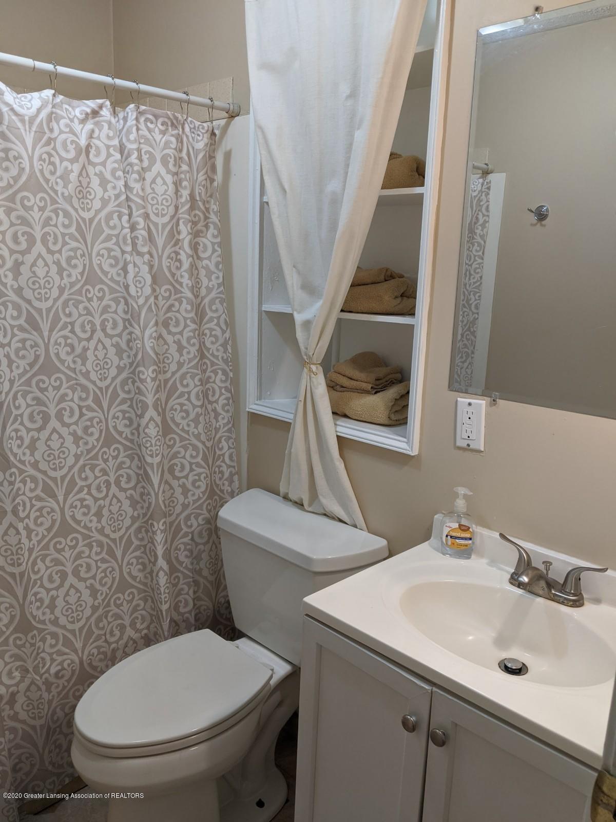 5030 Tenny St - Bathroom - 17