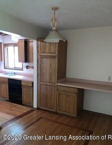 9707 State Rd - DINETTE - 6