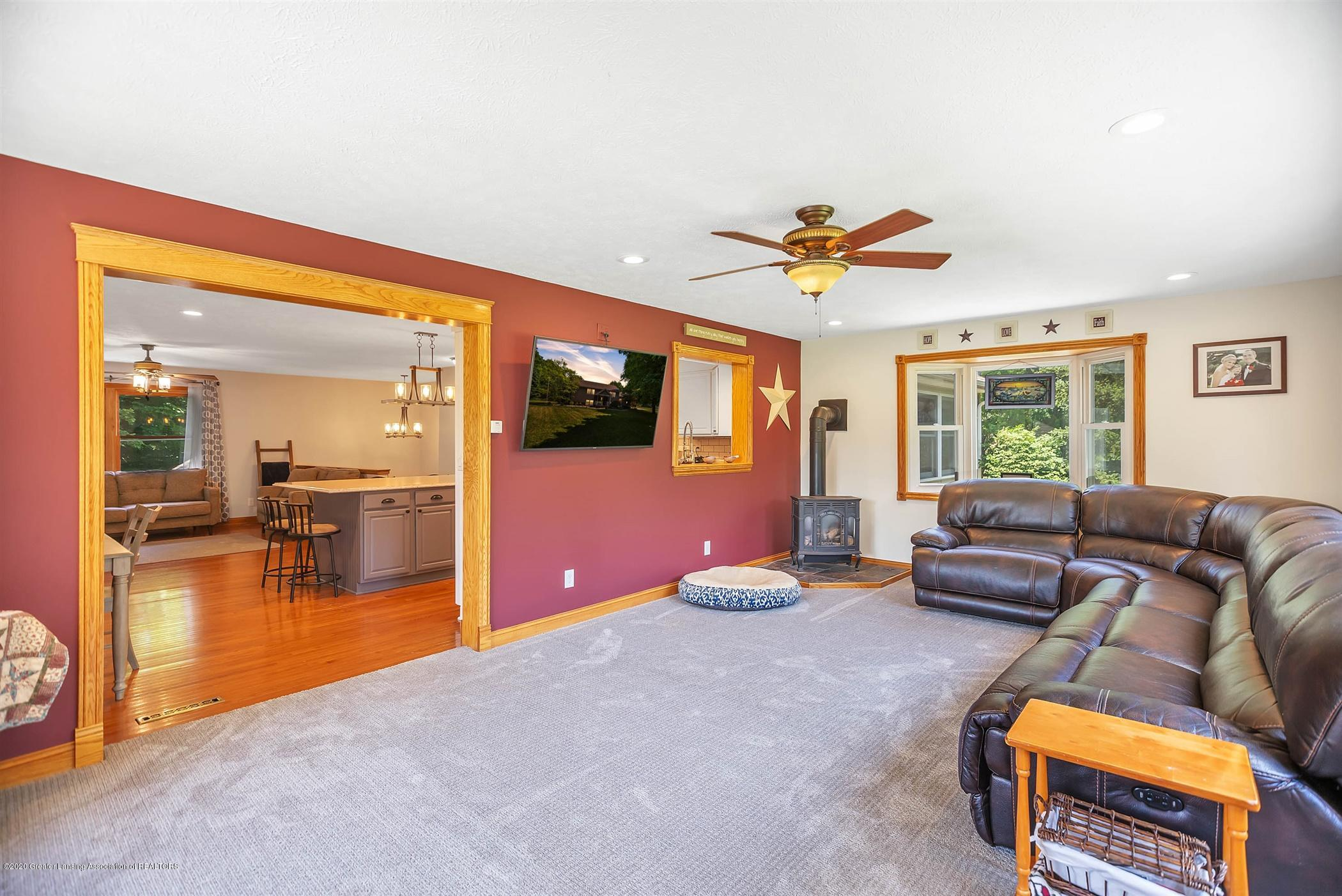 4445 W Britton Rd - UPPER LEVEL Family Room - 13