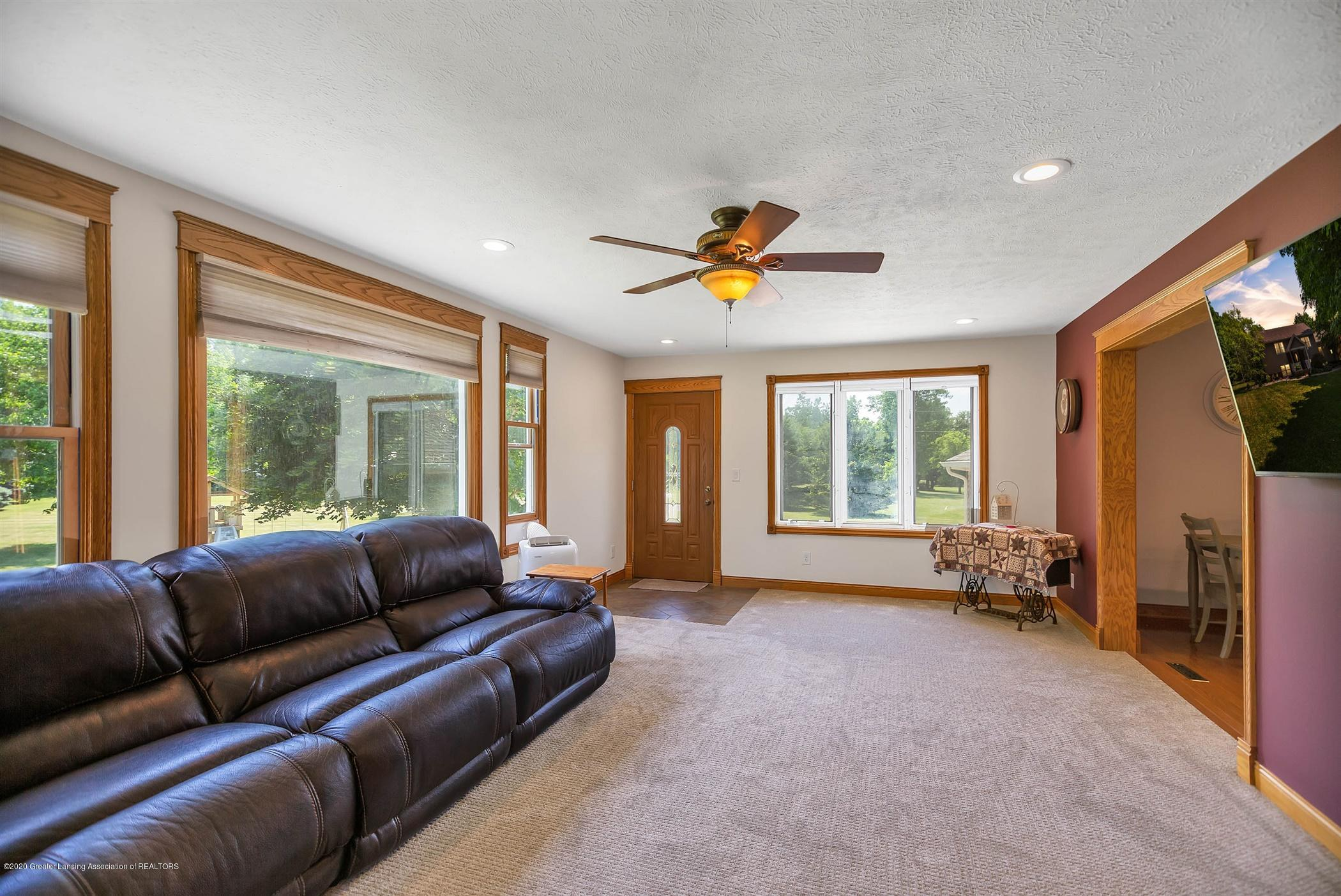 4445 W Britton Rd - UPPER LEVEL Family Room - 14