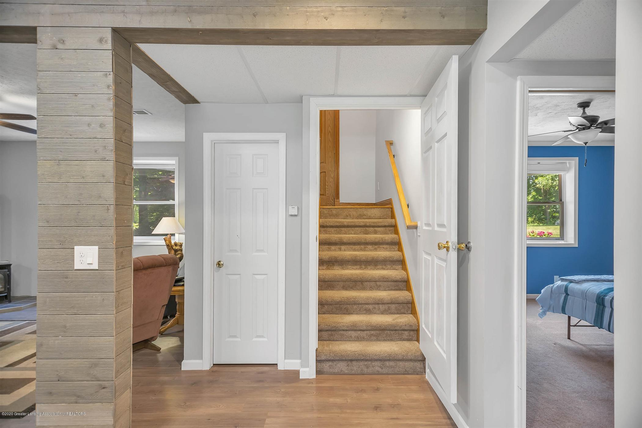 4445 W Britton Rd - LOWER LEVEL Stairway - 22