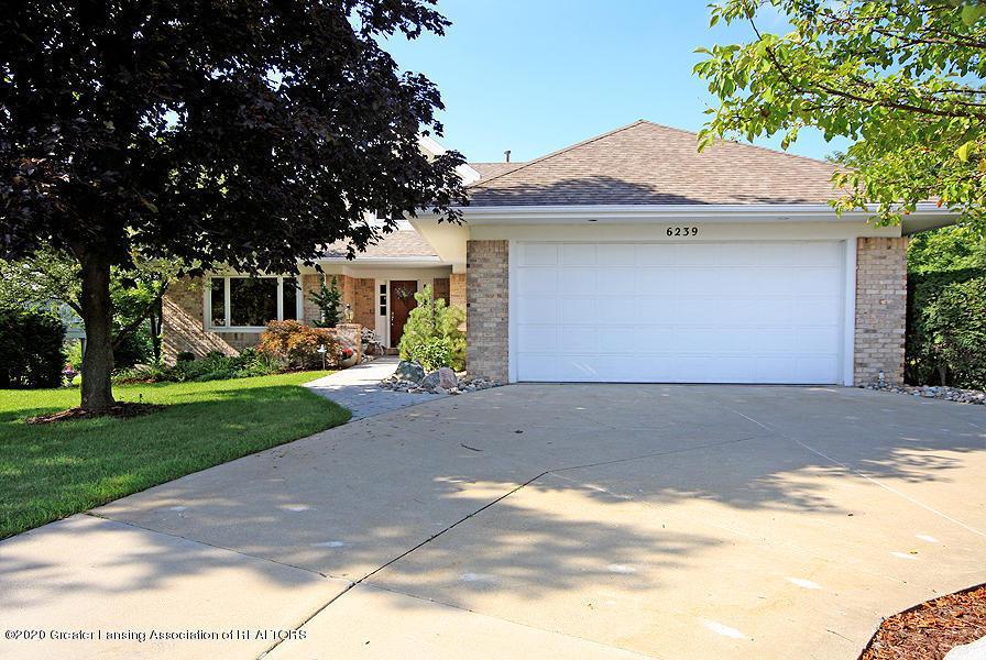 6239 W Golfridge Dr 39 - Attached garage - 5