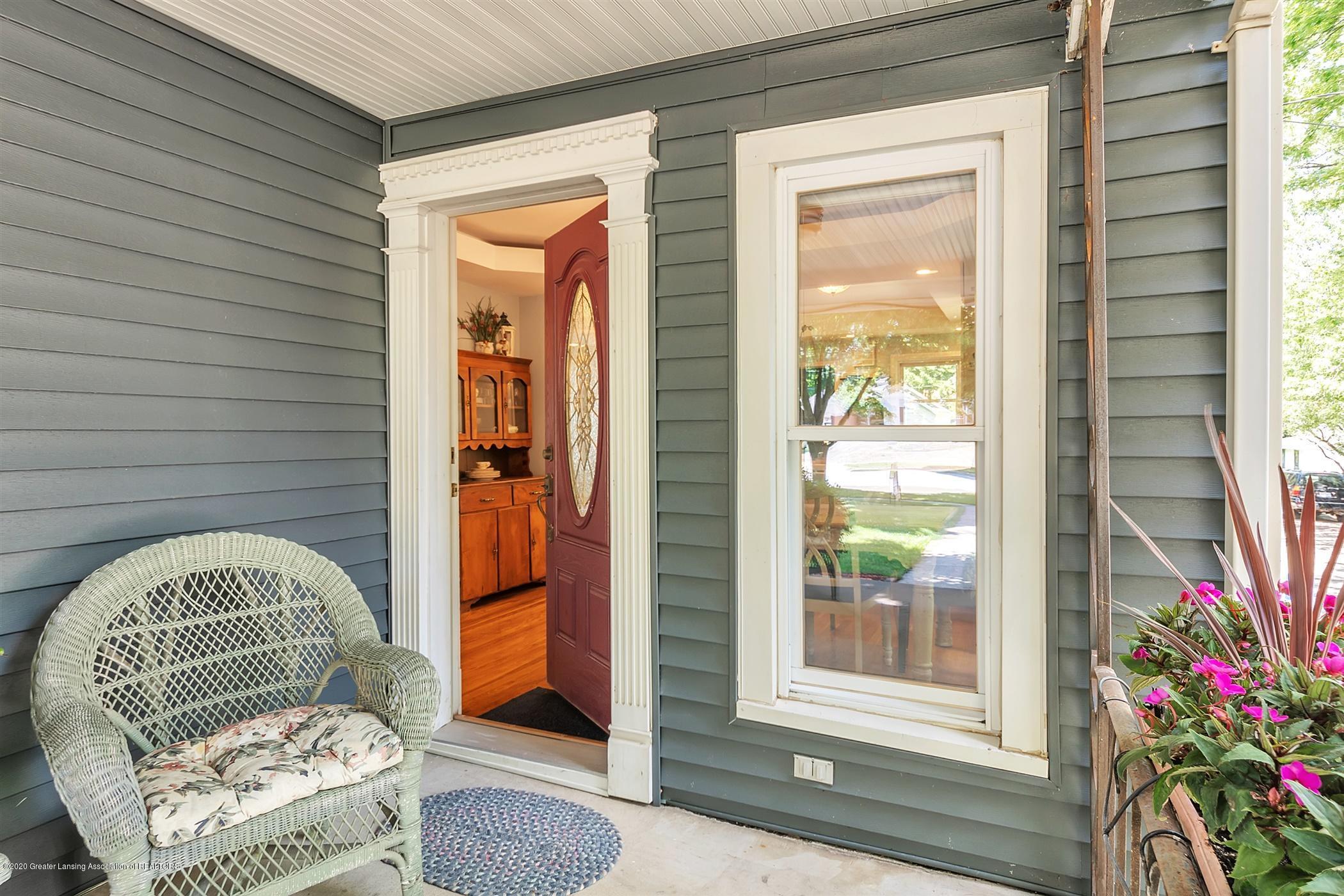 608 W Jefferson St - 06-608-W-Jefferson-WindowStill-Real - 6