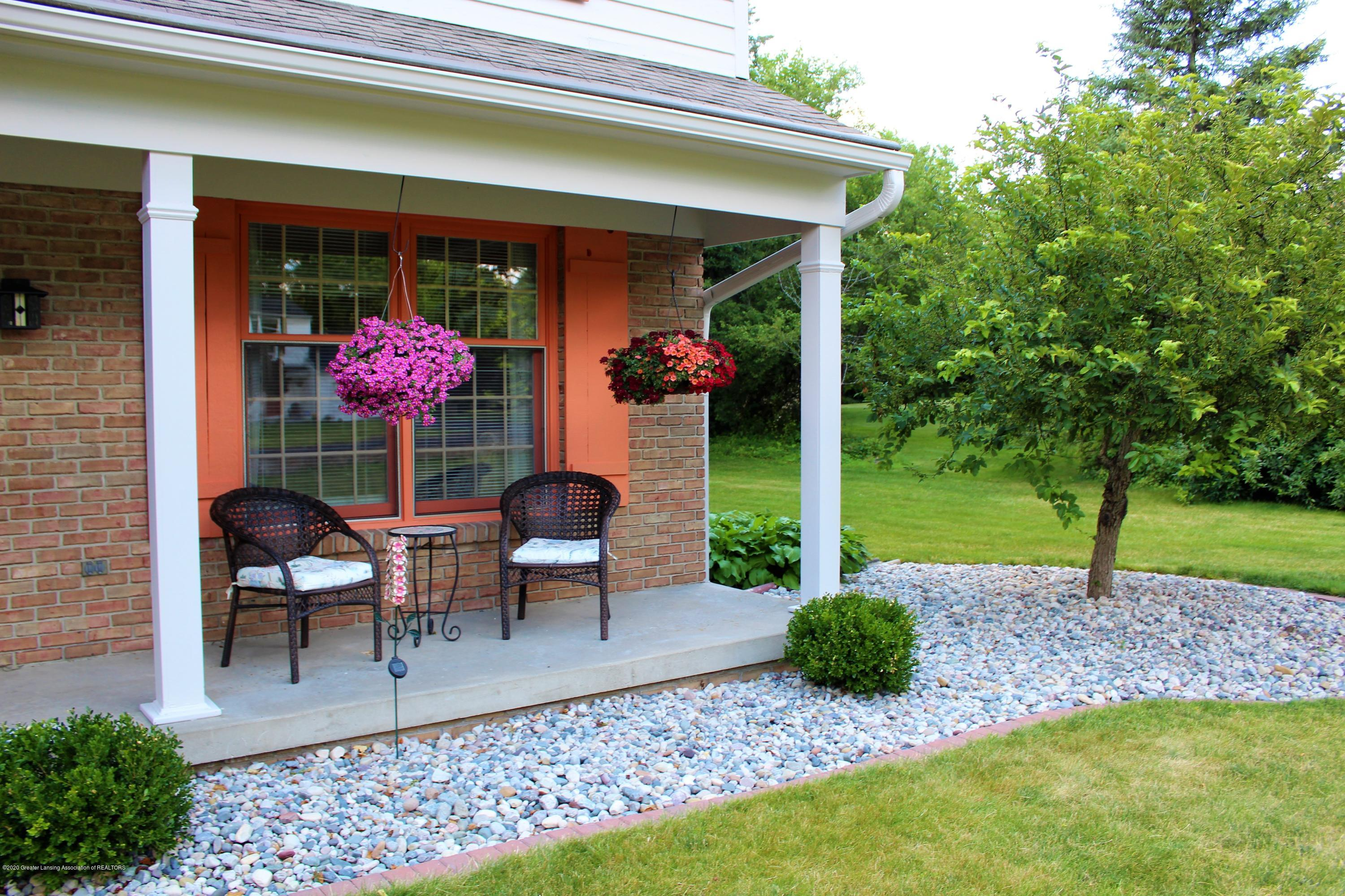 3599 W Arbutus Dr - front covered porch - 4