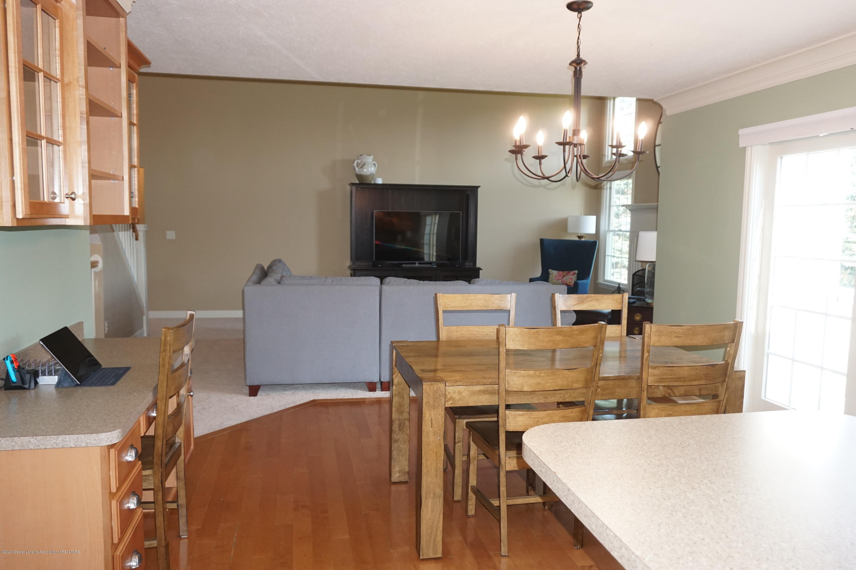 13260 Watercrest Dr - Great Room - 9