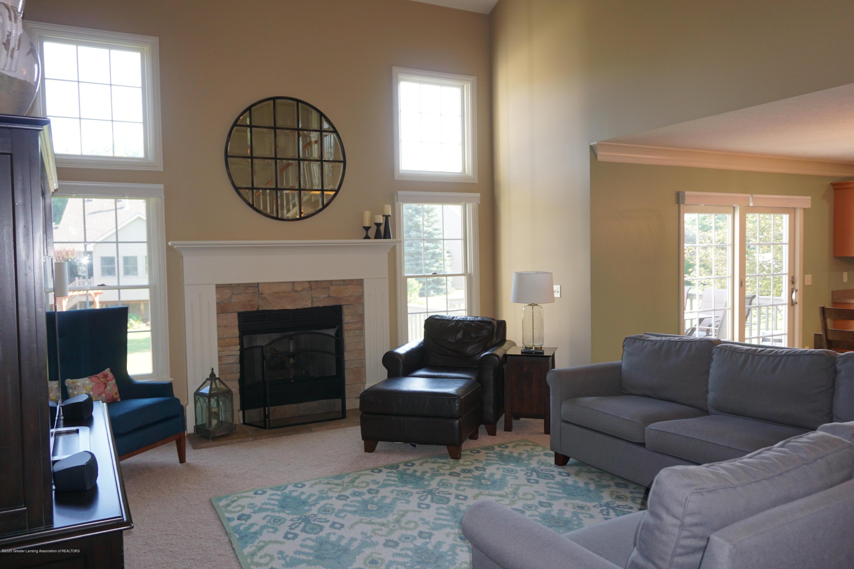 13260 Watercrest Dr - Living Room - 4