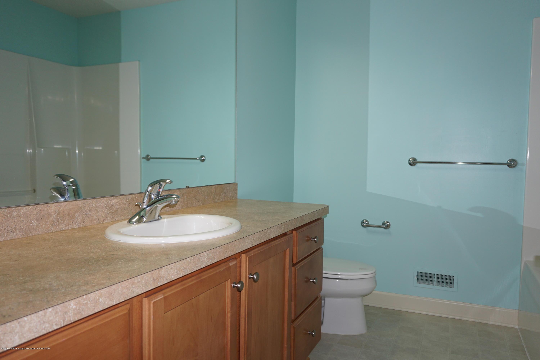 13260 Watercrest Dr - Bathroom Upstairs - 23