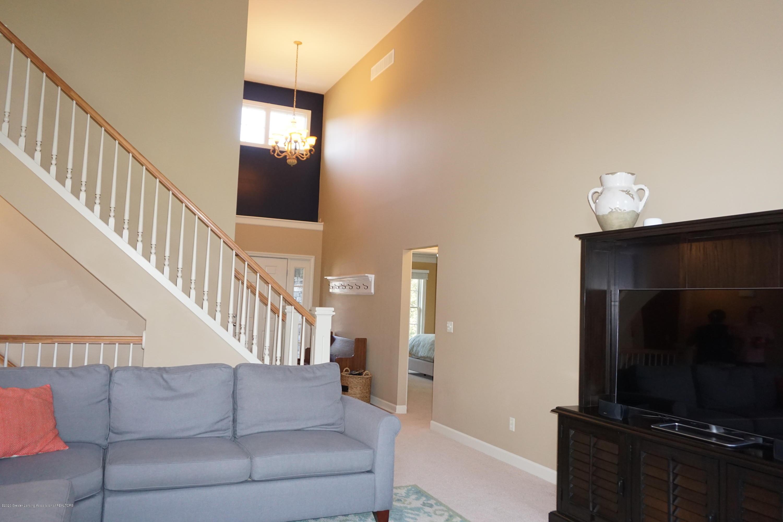 13260 Watercrest Dr - Living Room - 5