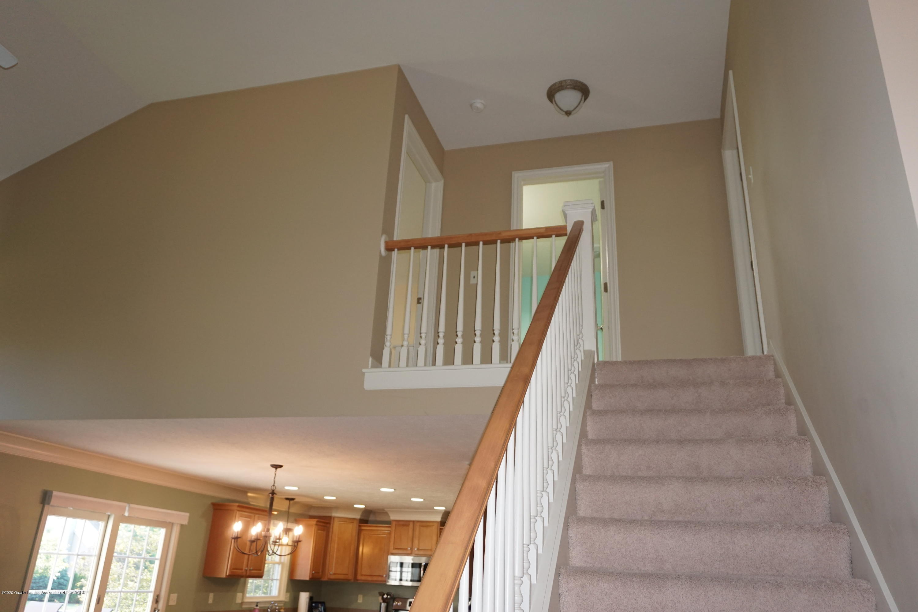13260 Watercrest Dr - Upstairs - 19