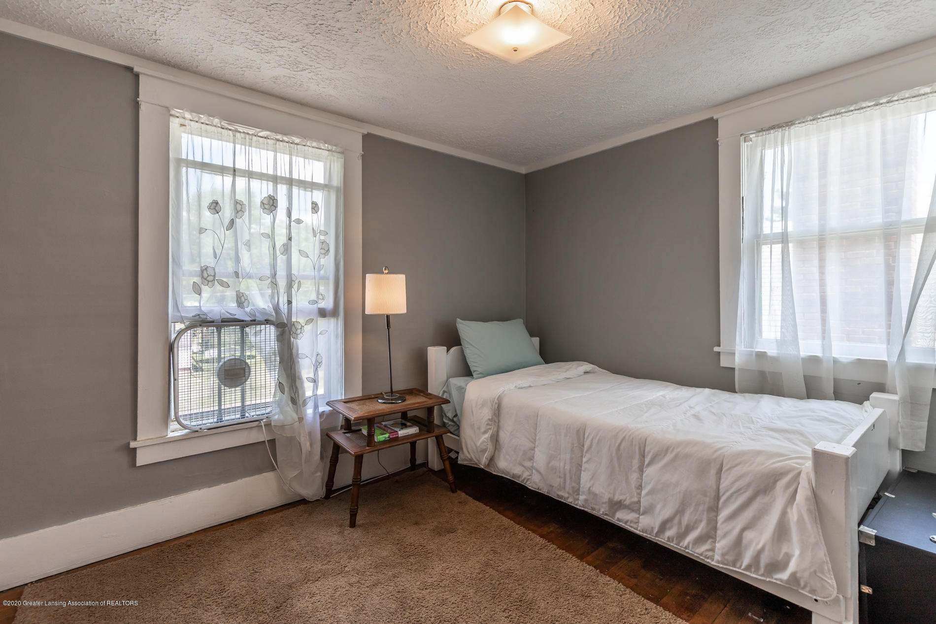 1300 E Oakland Ave - Bedroom 2 - 15