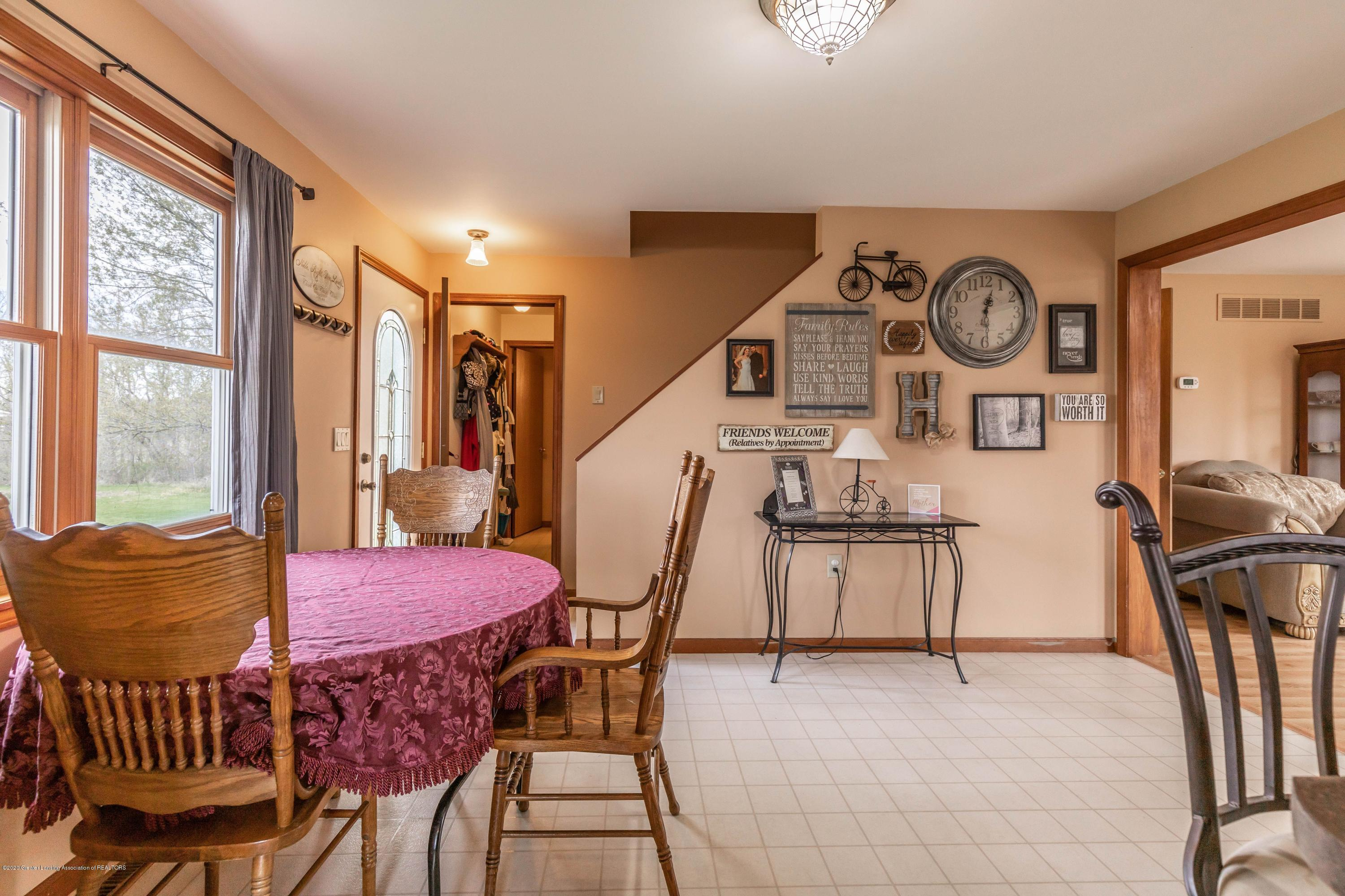 10415 Babcock Rd - Dining - 14