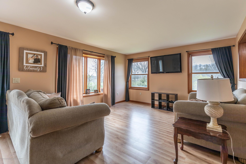 10415 Babcock Rd - Living Room - 12