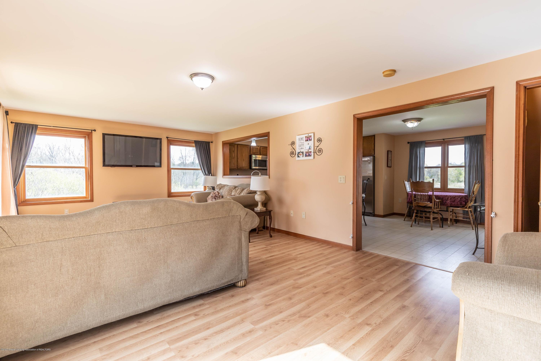 10415 Babcock Rd - Living Room2 - 13