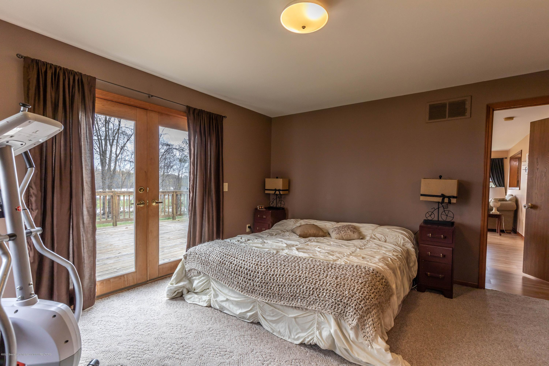 10415 Babcock Rd - Master bed - 21