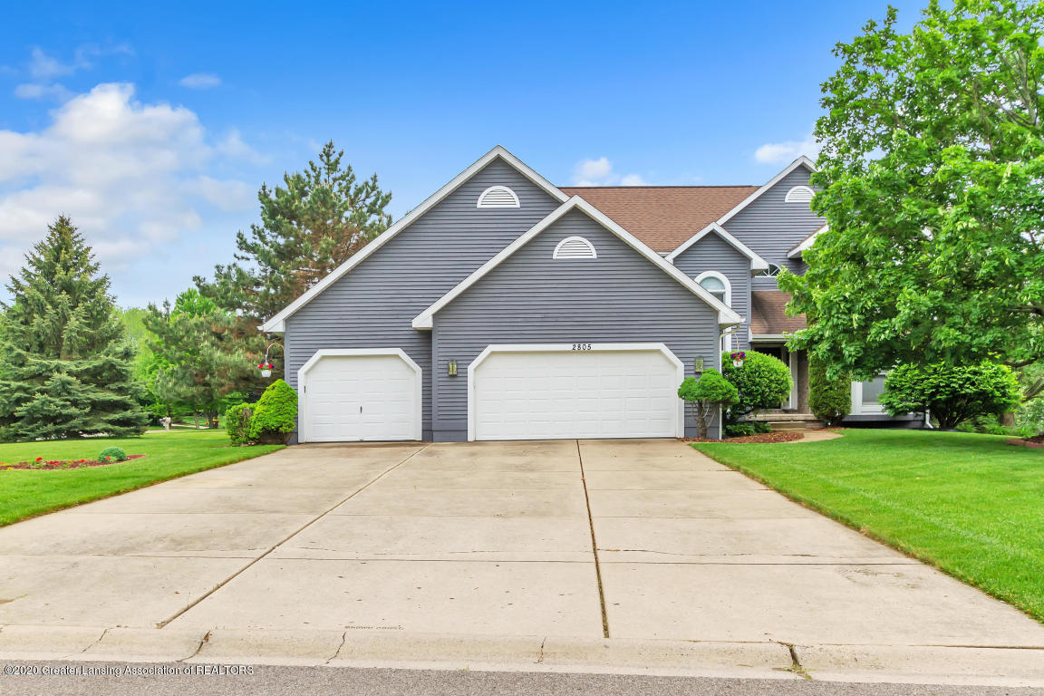 2805 Shadow Wood Dr - FRONT EXTERIOR - 1