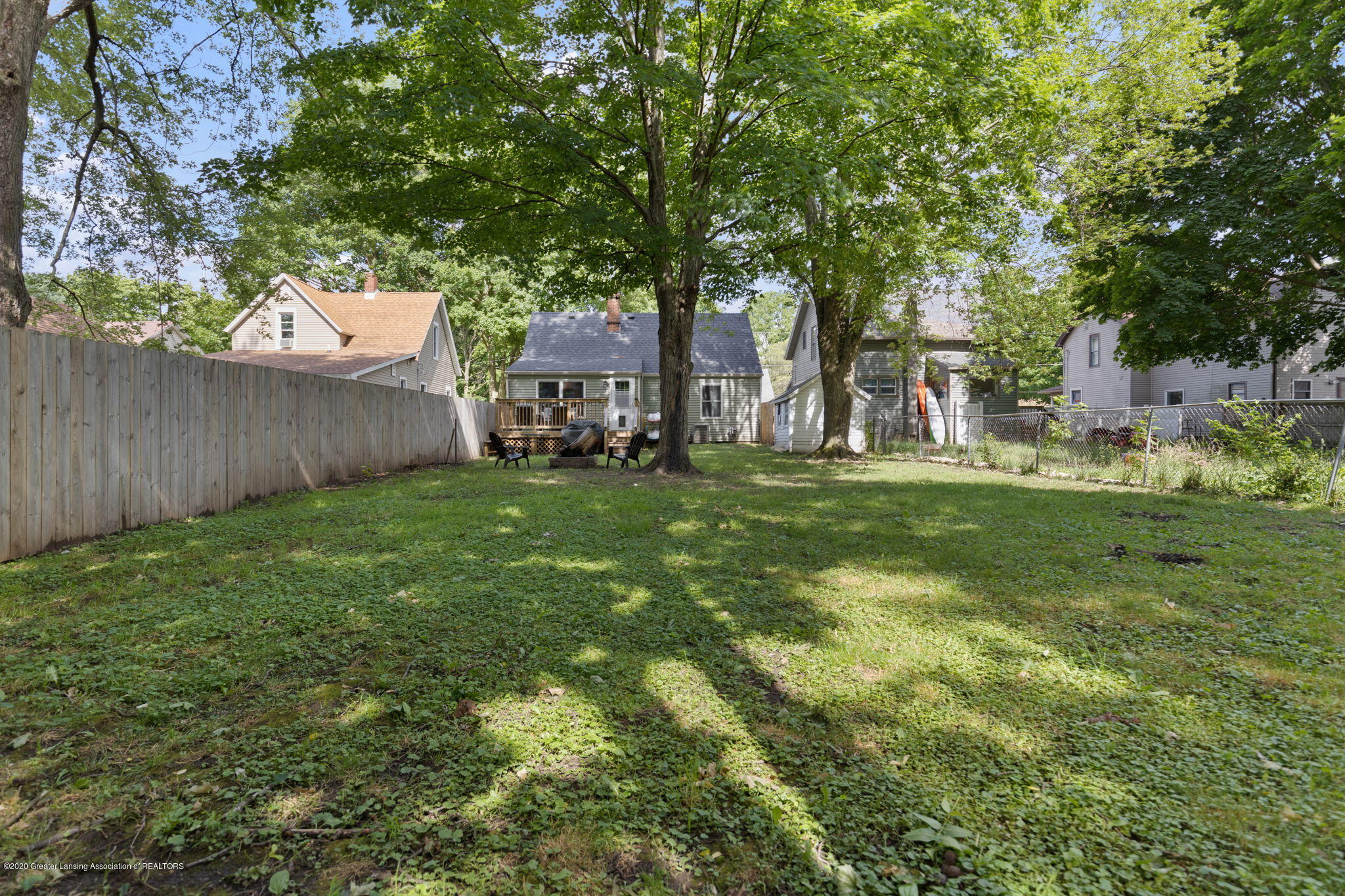 428 Johnson St - backyard - 28