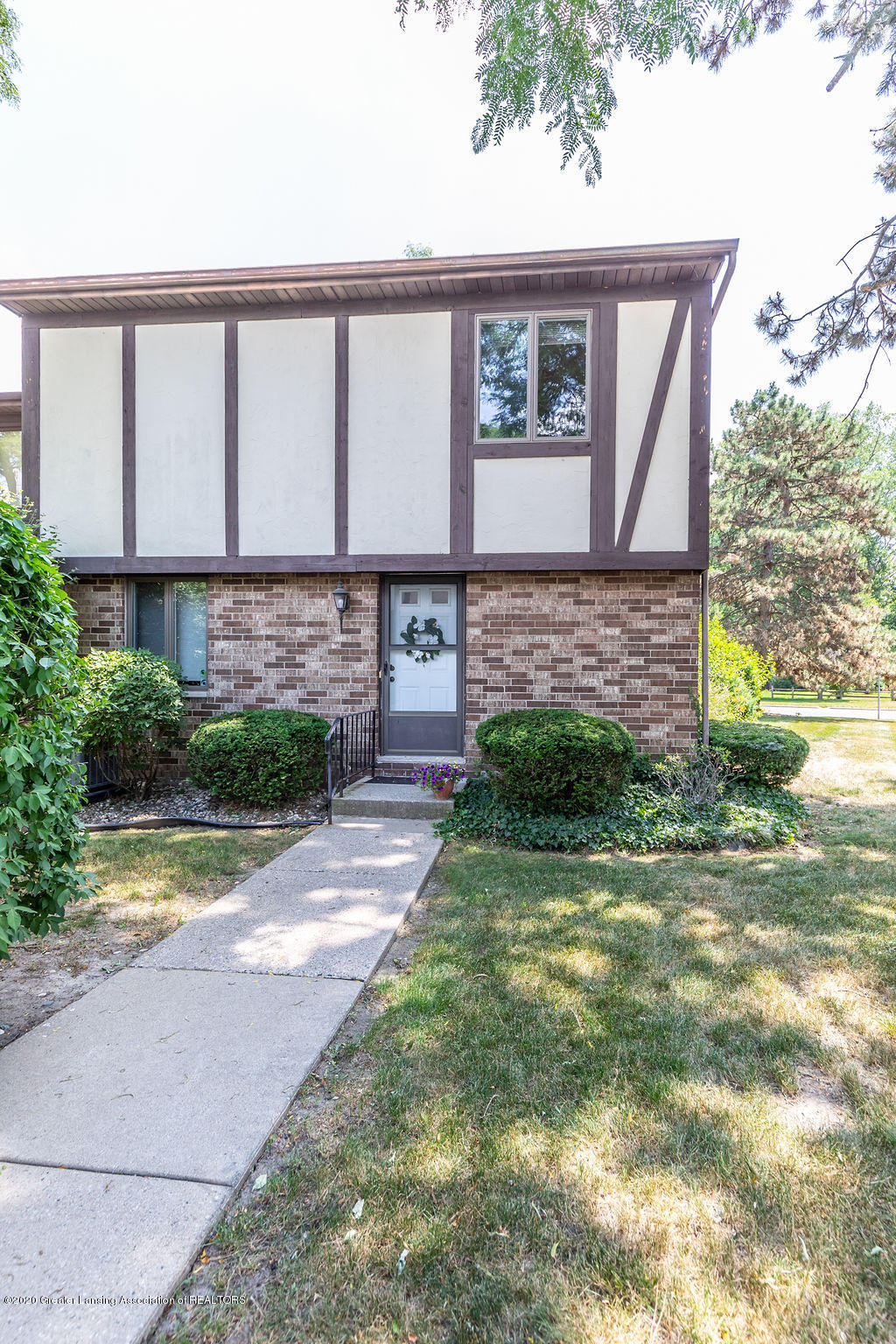 6208 Captains Way 14 - Front - 1