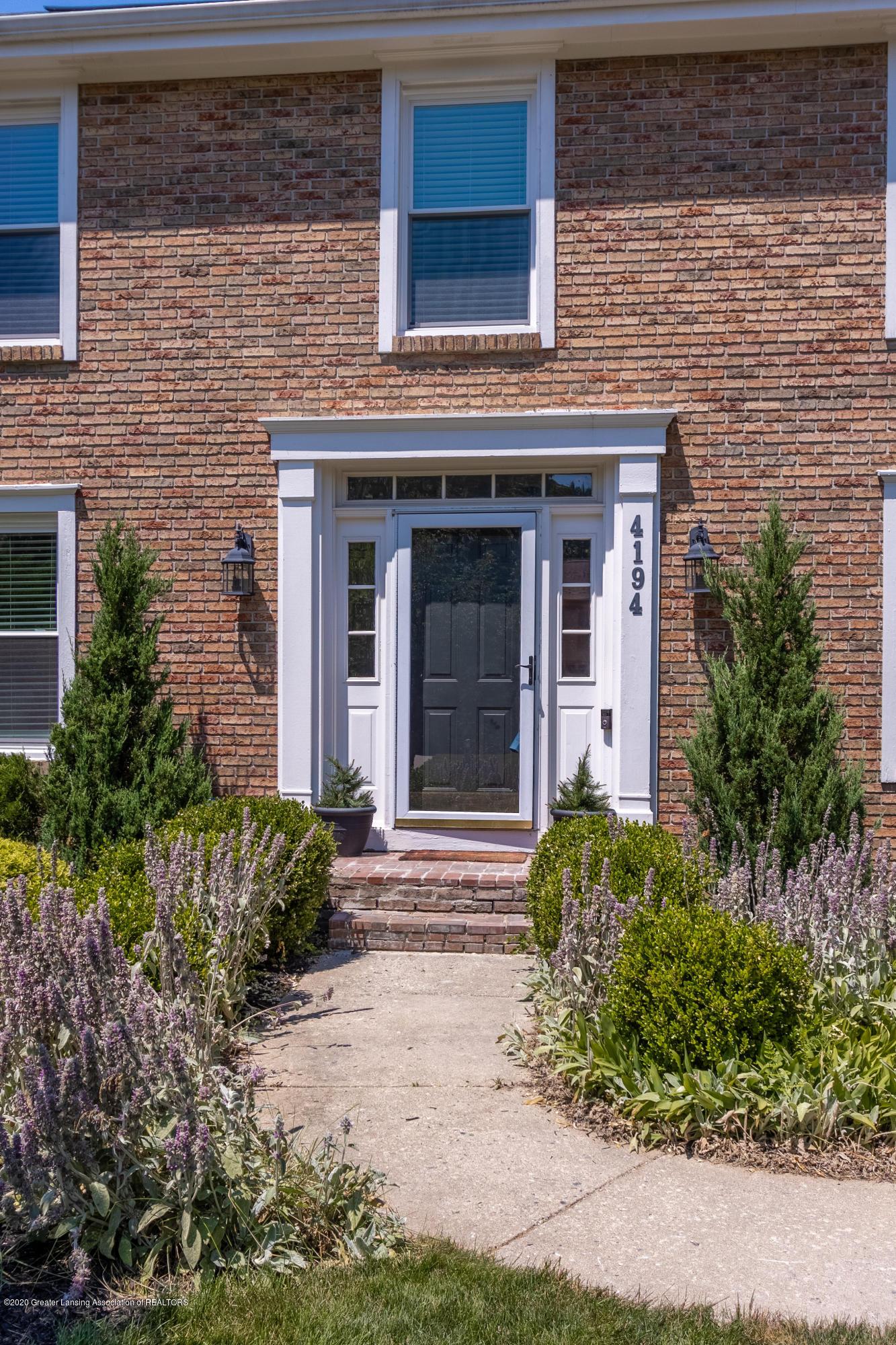 4194 Indian Glen Dr - Front Entrance - 4